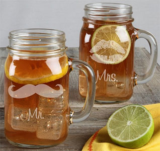 Mr-Mrs-Mustache-Lip-Mason-Jar-Set-m.jpg