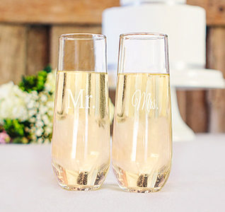 Mr-Mrs-Stemless-Toasting-Flutes-m2.jpg