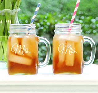 Mrs-&-Mrs-Old-Fashioned-Drinking-Jar-Set-m.jpg