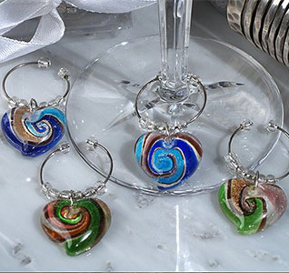 Murano-Art-Deco-Heart-Design-Wine-Charms-m.jpg
