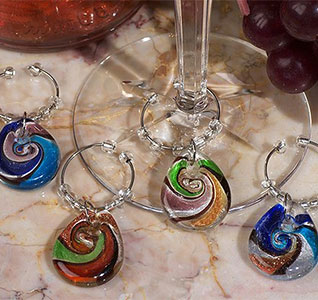Murano-Art-Deco-Teardrop-Design-Wine-Charms-m.jpg