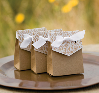 Naturally-Vintage-Tent-Favor-Boxes-M.jpg