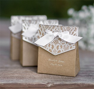 Naturally-Vintage-Tent-Favor-Boxes-M1.jpg