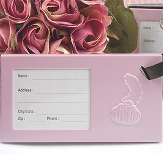 Oh-so-trendy-pink-luggage-tag-m.jpg