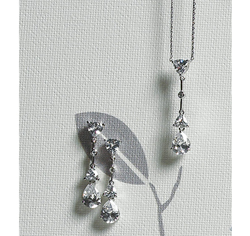 Cubic Zirconia Pear Drop Jewelry Set Silver Necklace and Earrings