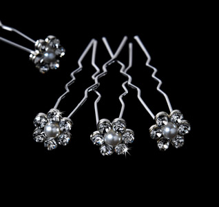 Pearl-Flower-Crystal-Bridal-Hair-Pins-m.jpg