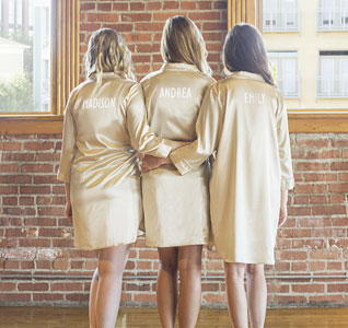 Personalized-Glitter-Bridesmaids-Nightshirt-Gold-m.jpg