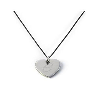Personalized-Heart-Pendant-Necklace-m.jpg