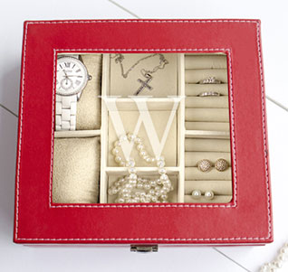 Personalized-Red-Leatherette-Jewelry-Box-m.jpg