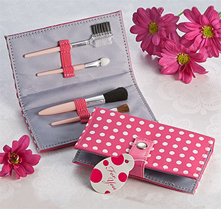 Pretty-in-Pink-Polka-Dot-Makeup-Brush-Kit-M.jpg