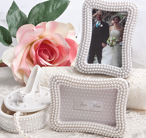 pearl wedding place card frame