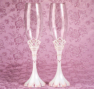 Princess-toasting-glasses-m.jpg