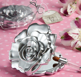 Realistic-Rose-Design-Mirror-Compacts-M.jpg