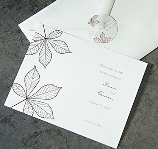 Save-the-Dates-Autumn-Leaf-m.jpg