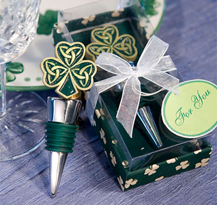 Shamrock-Trinity-Love-Knot-Bottle-Stoppers-M.jpg