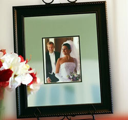 "Wedding Signature Frame with Engraved Mat (16"" x 20"")"
