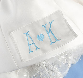Single-Initials-with-Heart-Dress-Label-m.jpg