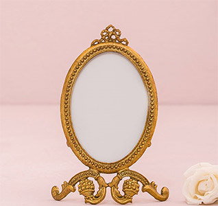 Small-Oval-Baroque-Frame-Gold-m.jpg