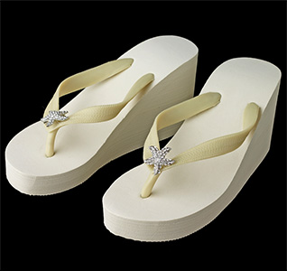 Starfish-Rhinestone-High-Wedge-Flip-Flops-Ivory-m.jpg