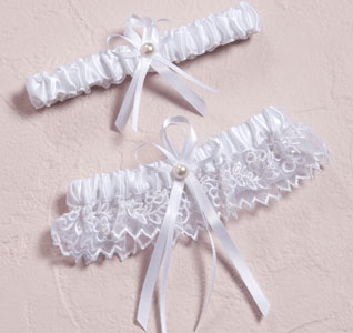 Sweet Art Two Piece Bridal Wedding Garter and Tossing Garter Set in White