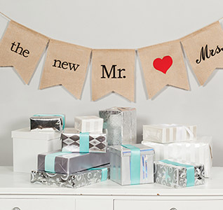 The-New-Mr-Mrs-Burlap-Banner-m.jpg