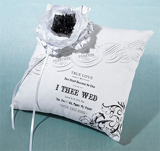 True-Love-Ring-Pillow-m.jpg