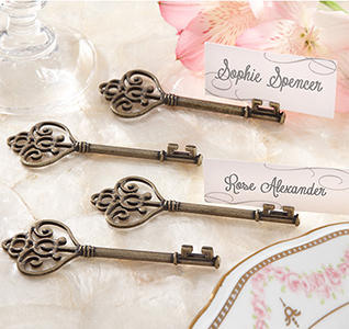 Victorian-Style-Key-Place-Card-Holder-m.jpg