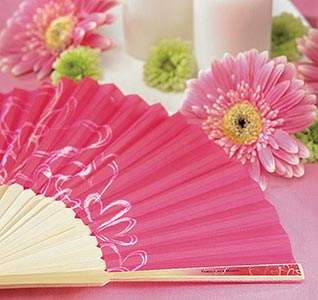Wedding-Fan-Favors-Contemporary-Hearts-m.jpg