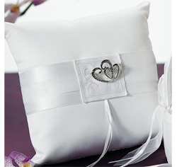 Double Heart Ring Pillow