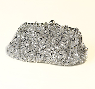 sparkling-sequins-beads-silver-evening-bag-m.jpg